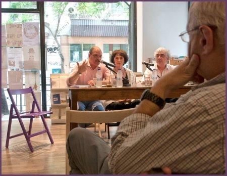Από αριστερά οι Γιάννης Ράγκος, Αντέλα Μέρμηγκα και Γιώργος Οικονόμου.