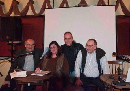 Στο πάνελ: Αντώνης Γκόλτσος, Νίνα Κουλετάκη, Δημήτρης Κεραμεύς-Ντουμπουρίδης, Κρίτων Σαλπιγκτής